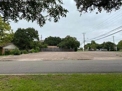 405 ESTATES DR, Woodway, TX 76712 - Photo 1