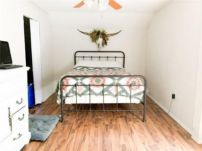 308 N HARRISON ST, McGregor, TX 76657 - Photo 2