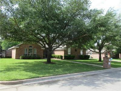 920 OAKMONT DR, Hewitt, TX 76643 - Photo 2