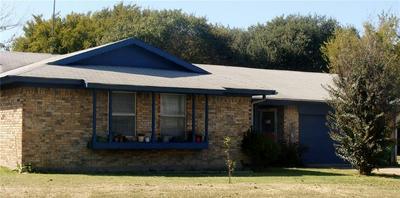 813 S AVENUE N, Clifton, TX 76634 - Photo 1