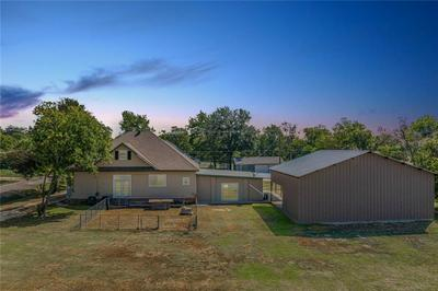 317 S 2ND ST, Lott, TX 76656 - Photo 2