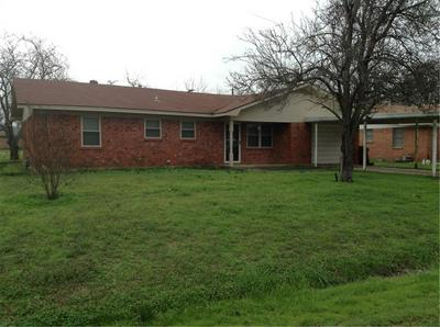 202 NE 8TH ST, HUBBARD, TX 76648 - Photo 1