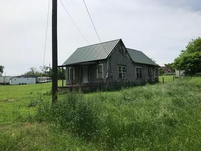 104 WENTZ ST, Bruceville-Eddy, TX 76630 - Photo 2