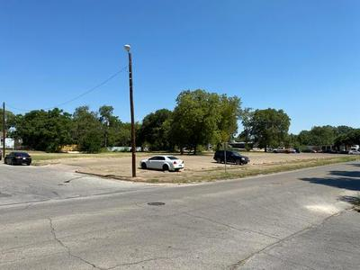 2300 AUSTIN AVE, Waco, TX 76701 - Photo 1