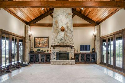 14984 S STATE HIGHWAY 36, Jonesboro, TX 76538 - Photo 2