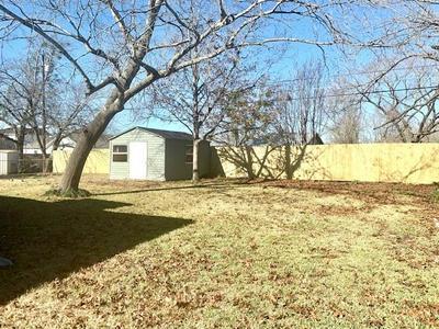 203 LAWNDALE ST, Robinson, TX 76706 - Photo 2