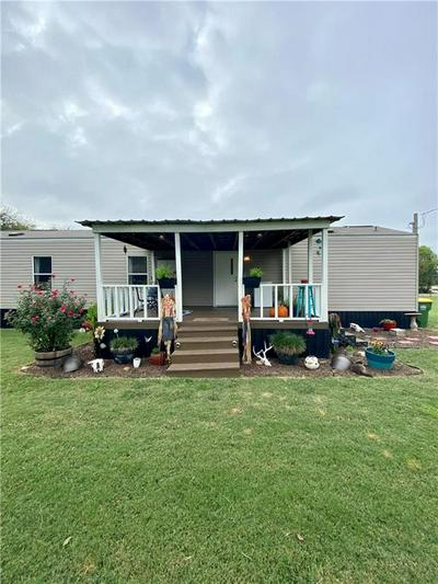 208 S HAMBURG ST, Bremond, TX 76629 - Photo 2
