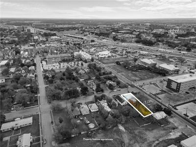 819 S 10TH ST, Waco, TX 76706 - Photo 1
