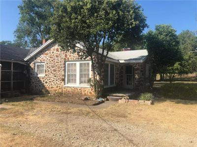407 BENTON, BRUCEVILLE, TX 76630 - Photo 1