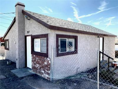 207 S 2ND ST, Kingman, AZ 86401 - Photo 1