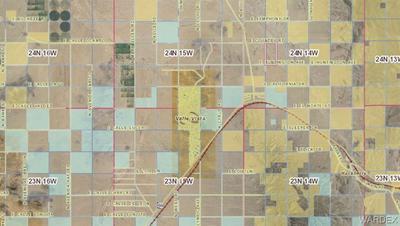 9051 E HUNTINGTON AVE, Kingman, AZ 86401 - Photo 2
