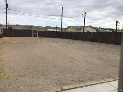 410 MOSER AVE, Bullhead, AZ 86429 - Photo 2