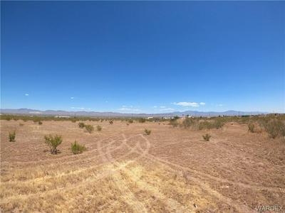 1068 S DRAGOON RD, Golden Valley, AZ 86413 - Photo 1