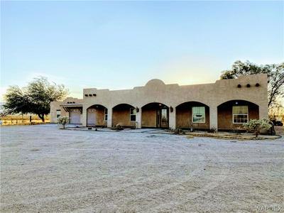 19905 S WILD BILL ROAD, Yucca, AZ 86438 - Photo 2