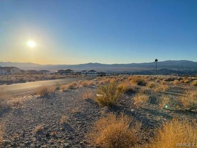 3441 LANDON DR E, Bullhead, AZ 86429 - Photo 1