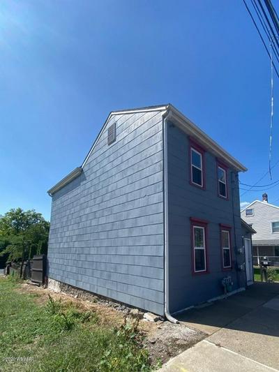 592 WALNUT ST, Danville, PA 17821 - Photo 2