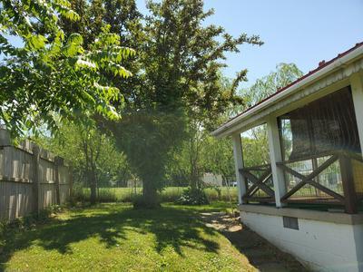 401 W HIGHLAND ST, Avis, PA 17721 - Photo 2