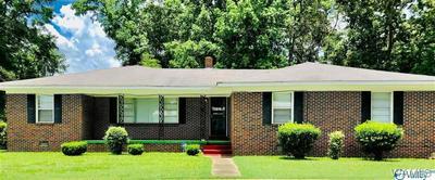 530 KILPATRICK ST, Greensboro, AL 36744 - Photo 1