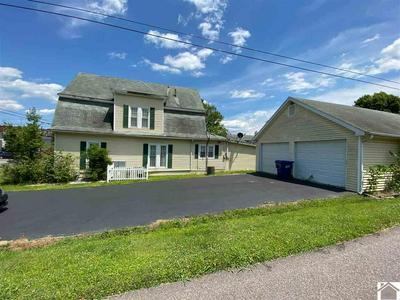 201 W 12TH ST, Benton, KY 42025 - Photo 2