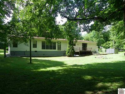 15 RAVENWOOD CIR, Benton, KY 42025 - Photo 2