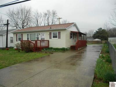 208 N HENDERSON DR, HOPKINSVILLE, KY 42240 - Photo 2