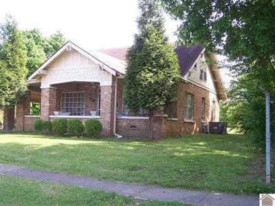 205 W 14TH ST, Benton, KY 42025 - Photo 1