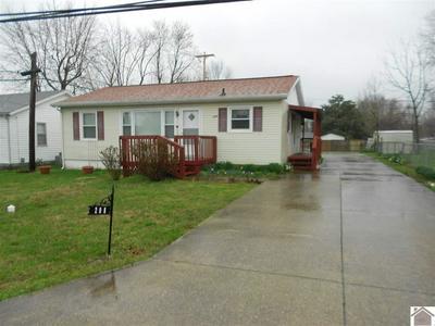 208 N HENDERSON DR, HOPKINSVILLE, KY 42240 - Photo 1
