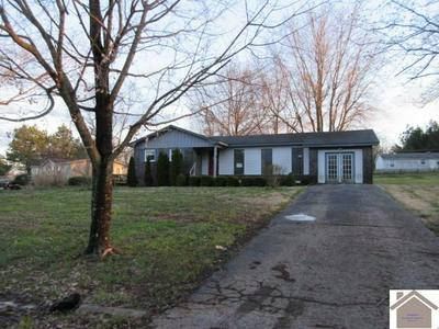 39 HUNTER DR, MURRAY, KY 42071 - Photo 1