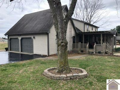 10490 S JEFFERSON ST, PRINCETON, KY 42445 - Photo 2