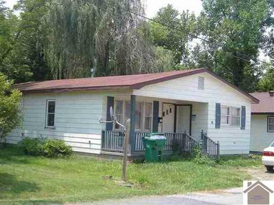 98 FRONT ST, Bardwell, KY 42023 - Photo 1