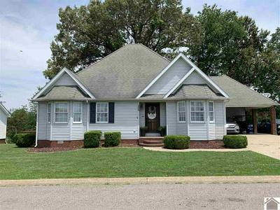 124 TARA CT, Benton, KY 42025 - Photo 2
