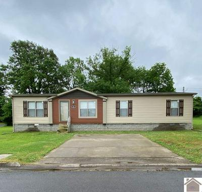 301 MULBERRY ST, Murray, KY 42071 - Photo 1