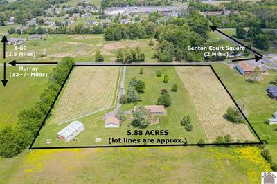 103 RILEY RD, Benton, KY 42025 - Photo 2