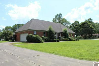 2115 VILLA SQ, Murray, KY 42071 - Photo 2