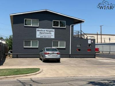 1710 10TH ST, Wichita Falls, TX 76301 - Photo 1