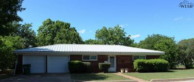 814 W SOUTH ST, Henrietta, TX 76365 - Photo 1