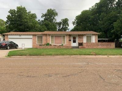 503 GLENDALE ST, Burkburnett, TX 76354 - Photo 1