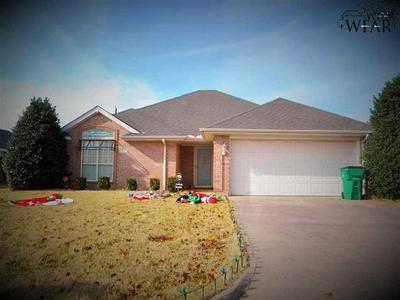 822 SUGARBUSH LN, Burkburnett, TX 76354 - Photo 1