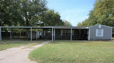 101 LILAC ST, Burkburnett, TX 76354 - Photo 1