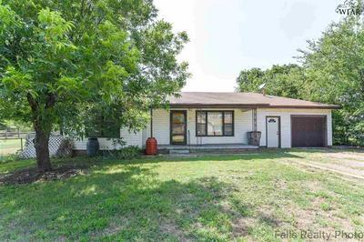 1138 SUNSET LN, Wichita Falls, TX 76306 - Photo 1