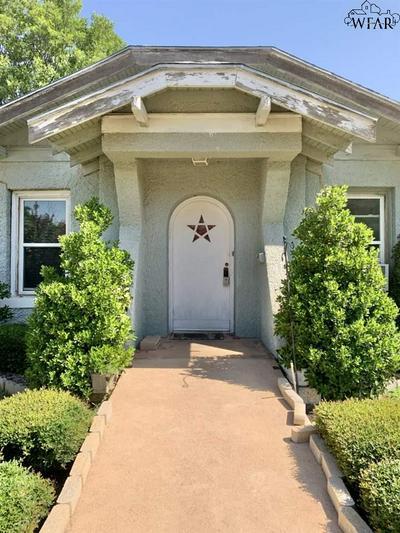 2902 9TH ST, Wichita Falls, TX 76301 - Photo 2