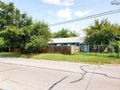 800 ROOSEVELT ST, Wichita Falls, TX 76301 - Photo 2