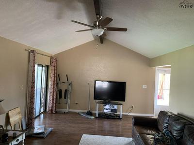 5109 DEWEY ST, Wichita Falls, TX 76306 - Photo 2