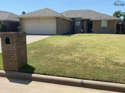 129 GARRETT ST, Burkburnett, TX 76354 - Photo 1