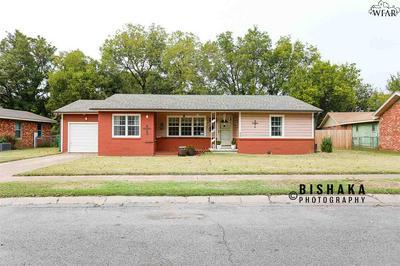 641 PECAN CT, Burkburnett, TX 76354 - Photo 1