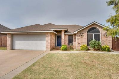 129 STONEBRIDGE ST, Burkburnett, TX 76354 - Photo 1