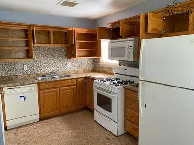 2020 GILBERT AVE, Wichita Falls, TX 76301 - Photo 2