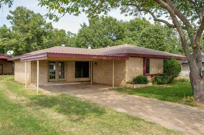 725 DANA ST, Burkburnett, TX 76354 - Photo 2