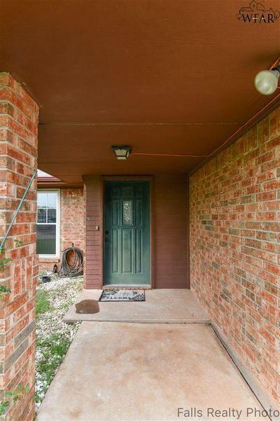 6000 LACI LN, Wichita Falls, TX 76310 - Photo 2