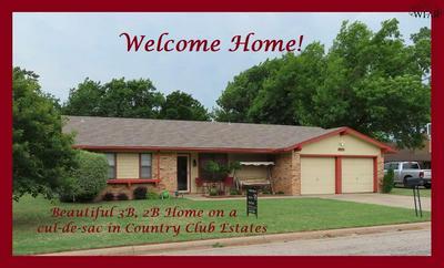 203 S FAIRWAY ST, Henrietta, TX 76365 - Photo 1